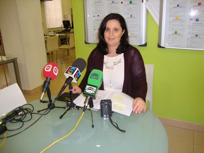 Rosa Idalia Cruz daba a conocer los perfiles y las fechas de recogida de bases de los planes de empleo