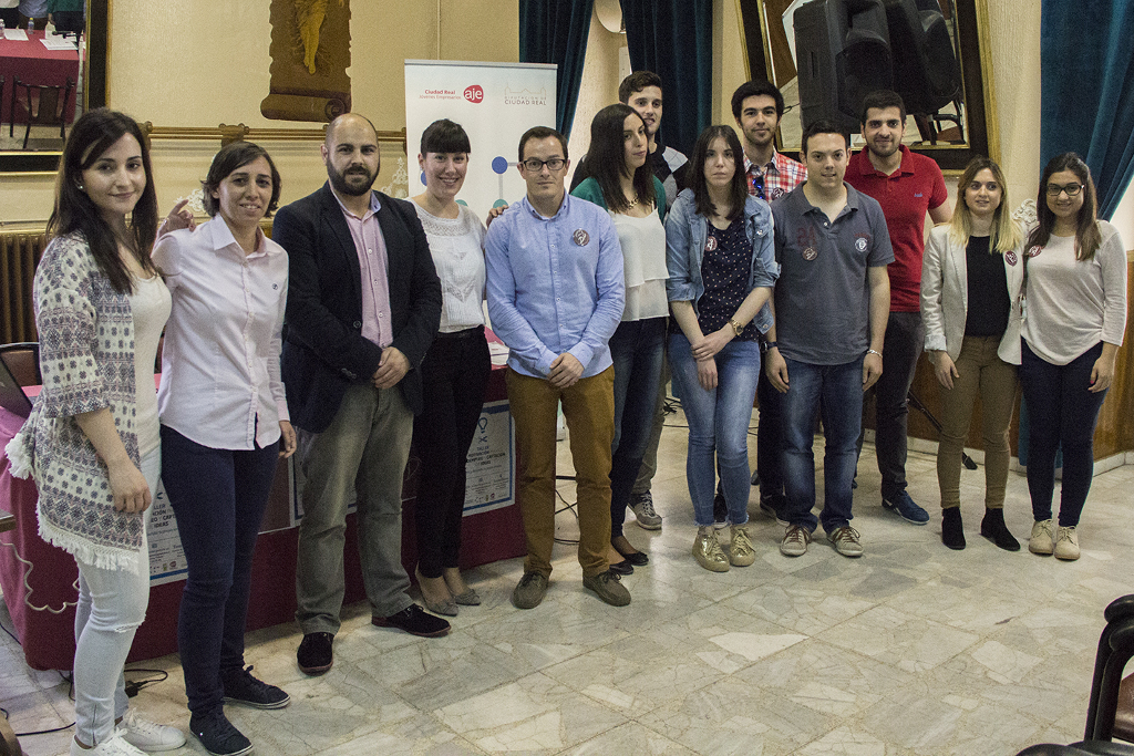 Celebrado en Tomelloso un taller de motivación al autoempleo organizado por AJE