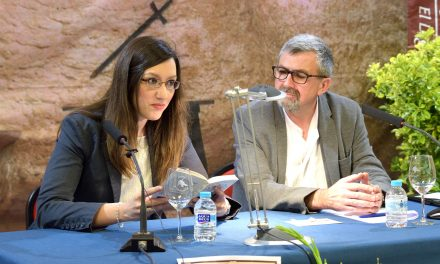 Argamasilla de Alba conmemoró el cincuentenario de la muerte de Azorín con la lectura colectiva de 'La ruta de don Quijote'