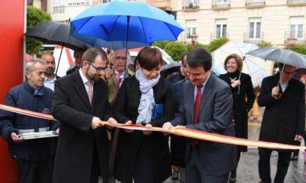El consejero de Agricultura inaugura la XI Feria de los Sabores de Alcázar de San Juan