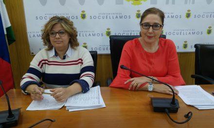 Pruden Medina explica el plan de limpieza del Ayuntamiento de Socuéllamos en el que trabajan 60 personas
