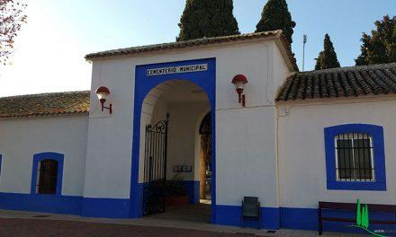 El ayuntamiento acondiciona el cementerio para celebrar el Día de Todos los Santos