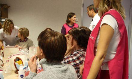 El Hospital Mancha Centro acoge por primera vez el programa 'Ponte guapa, te sentirás mejor' de apoyo a las mujeres con cáncer
