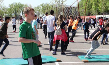 Alcázar celebra el Día de la Educación Física en la Calle