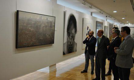 El Gobierno regional y la Cooperativa 'Virgen de las Viñas' refuerzan su colaboración en el fomento de la cultura y la creación artística contemporánea