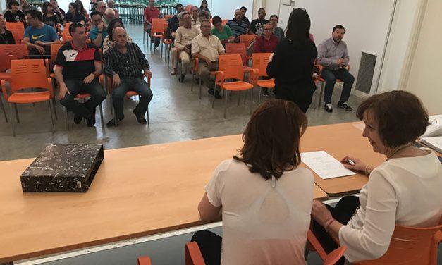 El Ayuntamiento de Alcázar convenia la cesión de espacios municipales con 28 asociaciones de la localidad