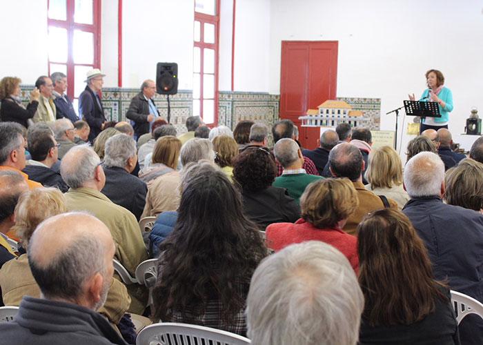 La asociación de Amigos de Miguel Hernández realizó en Alcázar de San Juan un tributo al poeta