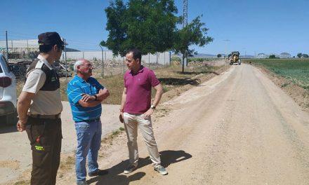 El Ayuntamiento y la Comisión Local de Pastos destinan 93.000 euros para el arreglo de caminos en Herencia
