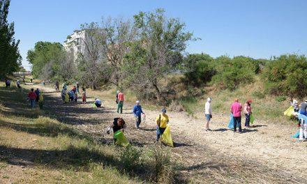 Vuelve '1m2 por la naturaleza' a Argamasilla de Alba, la mayor movilización ciudadana contra la 'basuraleza'