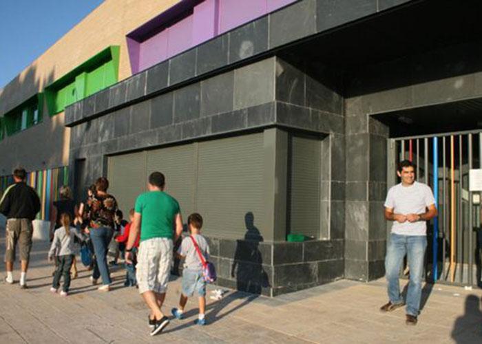 Gobierno regional y Ayuntamiento aúnan esfuerzos para mantener abierto por cuarto verano consecutivo el comedor escolar