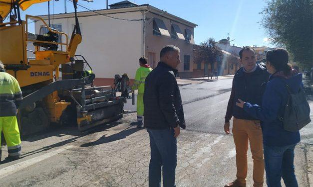 Arranca el Plan de Asfaltado de esta nueva legislatura en Herencia