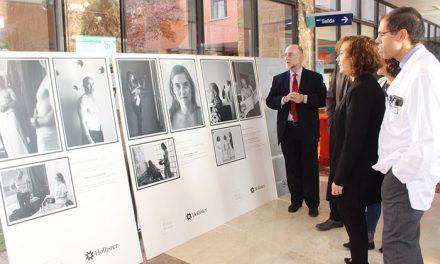 """El Hospital Mancha Centro acoge la exposición fotográfica """"Heroes y Heroínas"""" sobre pacientes ostomizados"""