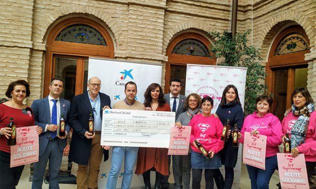 """La Obra Social """"La Caixa"""" colabora con 460 litros de aceite para """"Las Supernenas"""" y la Fundación """"La Merced Migraciones"""""""