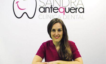 Clínica Dental Sandra Antequera: Especialistas en salud bucodental para toda la familia